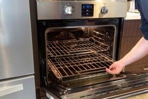 Cách giữ cho lò nướng luôn mới